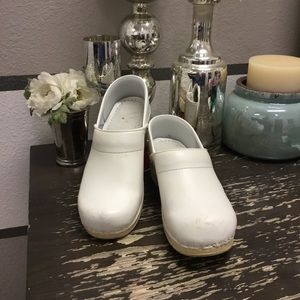 DANSKO-White Leather Clog/Mule